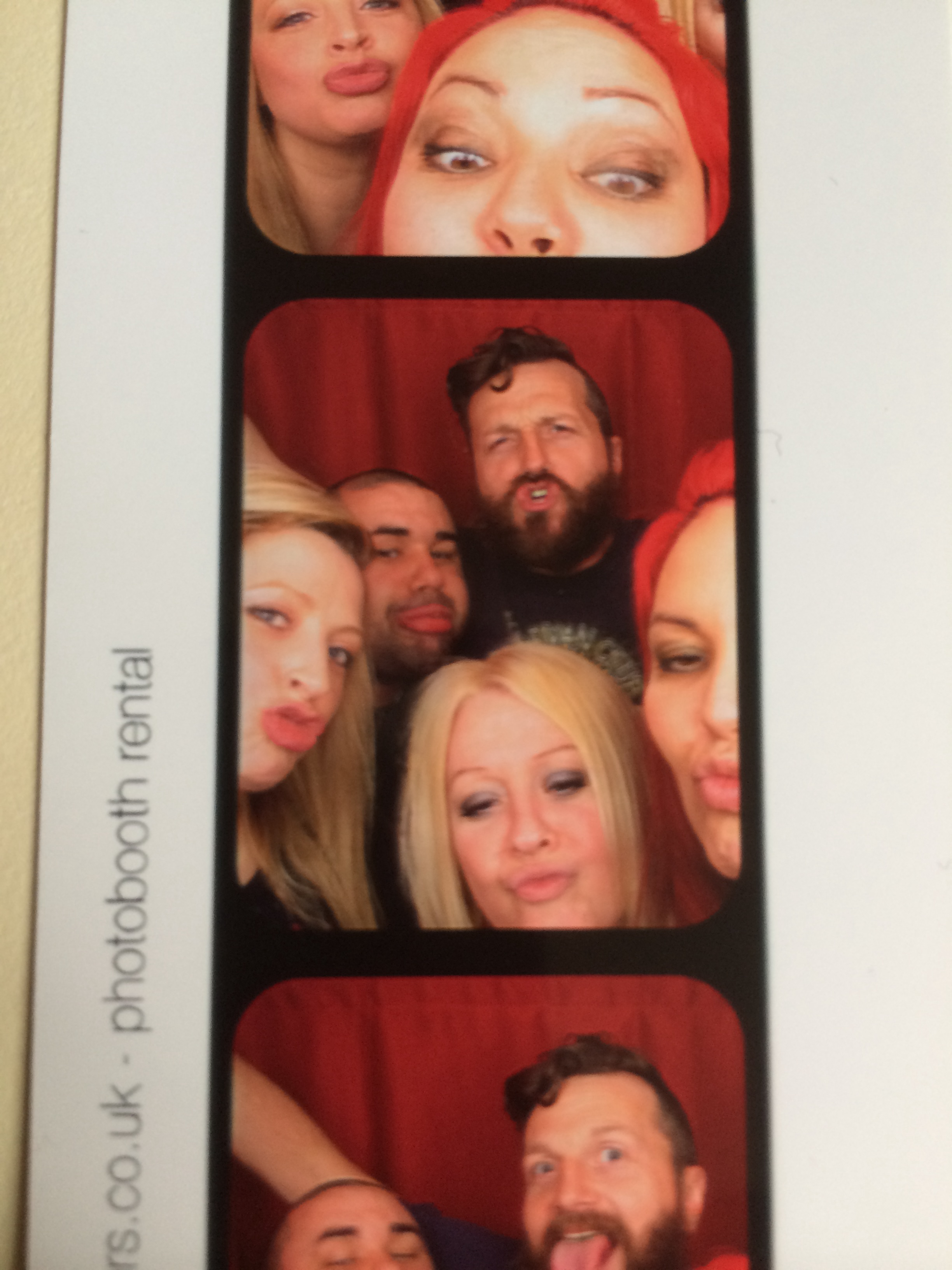 best friends photobooth